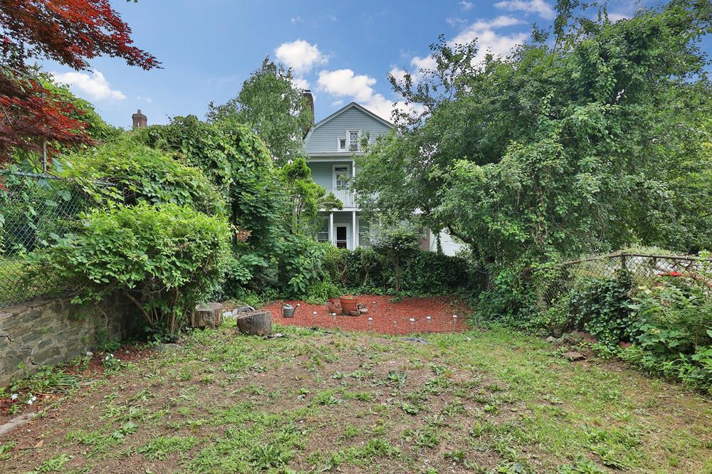 Renovated 2-Bd. House w/ Patio, Grassy Yard & Garden