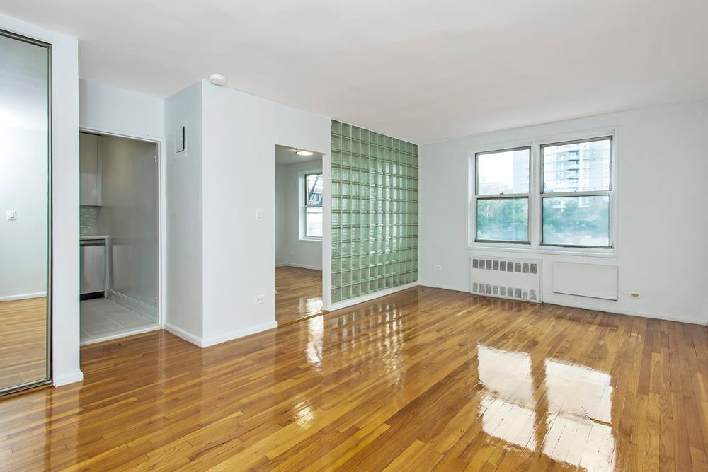 SPONSOR UNIT -- NO BOARD APPROVAL: Newly Renovated Studio w/ Separate Kitchen & Sleeping Area