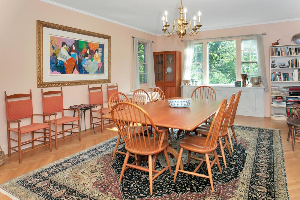 ESTATE w/ TWO HOMES ON ADJOINING LOTS: 4-Bd. House + 2-Bd. Guest House w/ Spacious Level Grounds