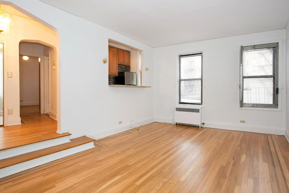 Charming & Renovated Prewar 1-Bd. Co-op with Sunken Living Room