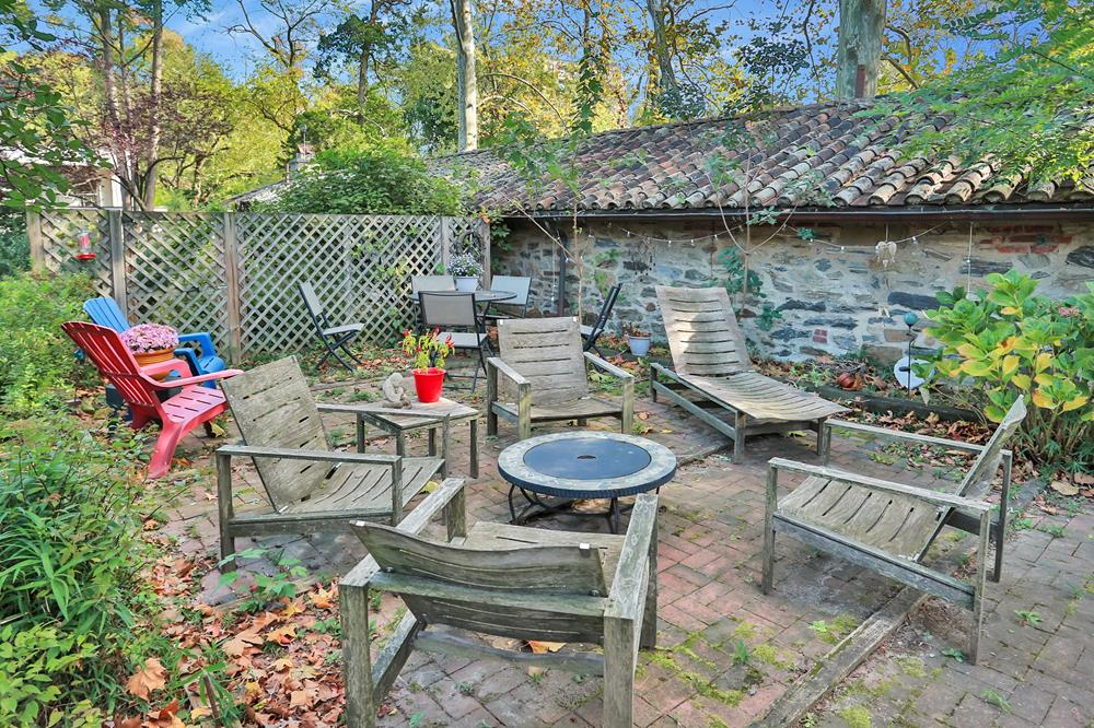 DREAMING OF SPACE & SECLUSION? THIS ESTATE HAS TWO HOMES ON ADJOINING LOTS: 4-Bd. House + 2-Bd. Guest House w/ Spacious Level Grounds