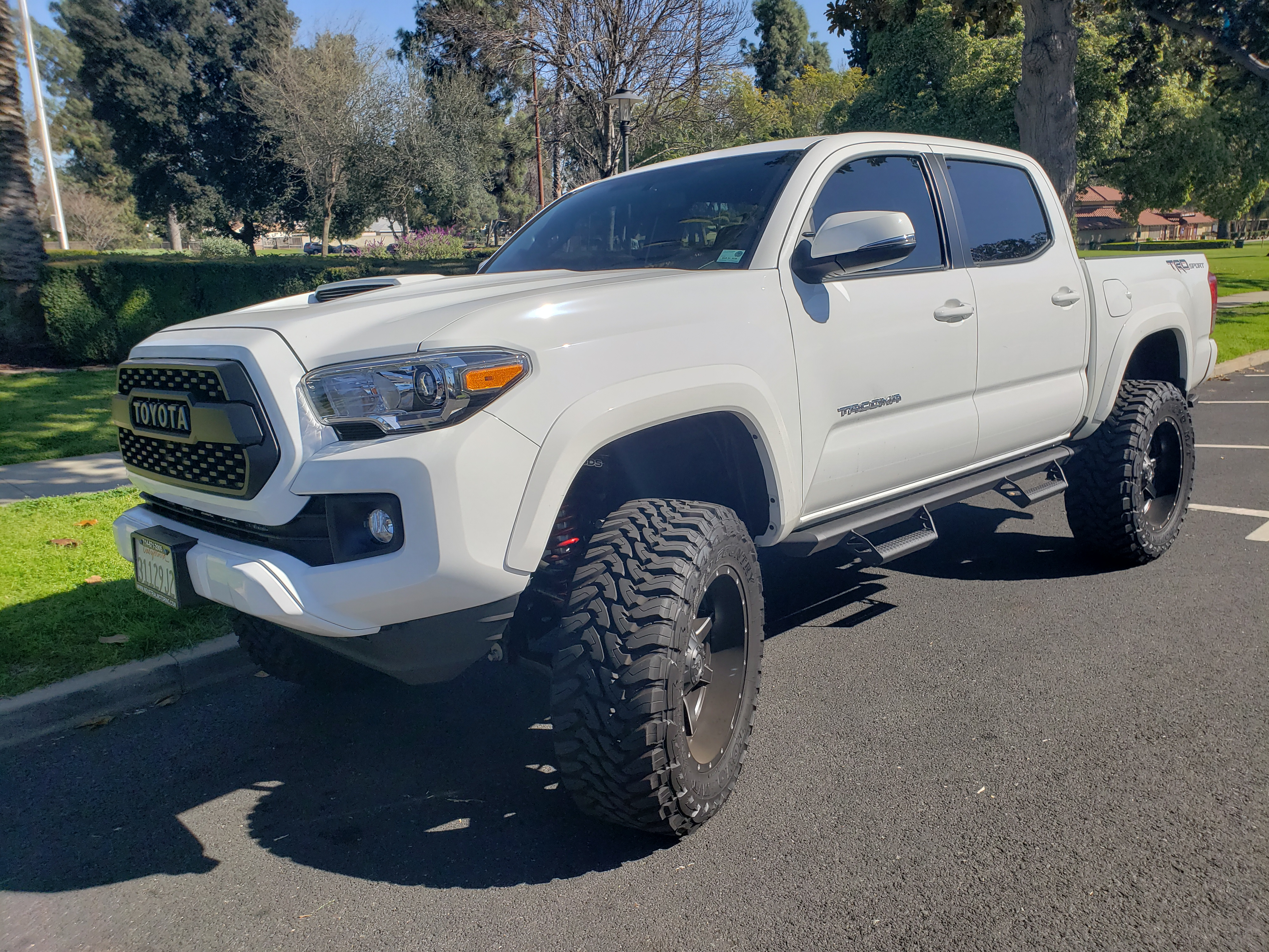 Used 2017 Toyota Tacoma For Sale in South Pasadena, CA