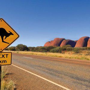 australia_northern-territory_kangaroo_road_sign_kata-tjuta