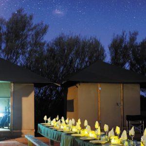 australia_northern-territory_yulara_thousand-night-dinner