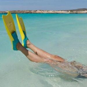 australia_wa_turquoise-bay_swimming