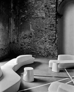 2d8941e8f0a9cac61216e016647443b5  curved sofa art furniture