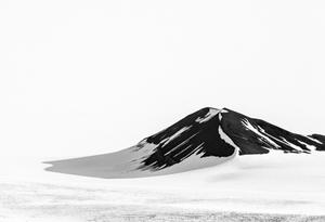 Lone mountain (9203)