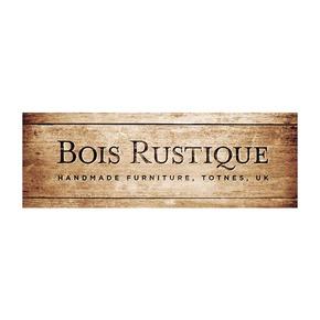 Bois rustique logo treniq