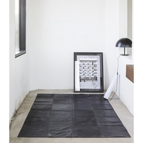 Black-Leather-Rug_Massimo_Copenhagen_Treniq