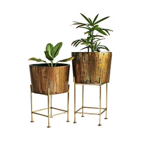 Planter_Esque-Furniture-Design-House_Treniq