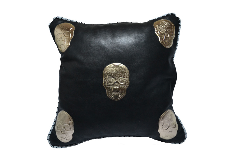 Skull cushion goshhh treniq 1