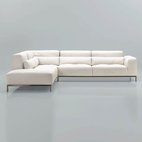 Kafka 3 Seater Sofa - Cierre - Treniq