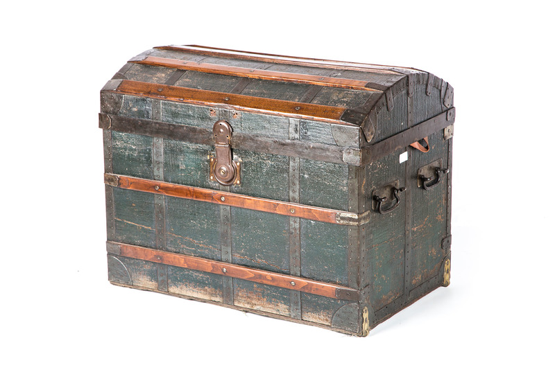 Classic wood chest anemos treniq 1