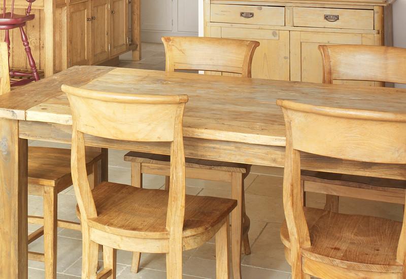 Kitchen with aga rencraft treniq 2