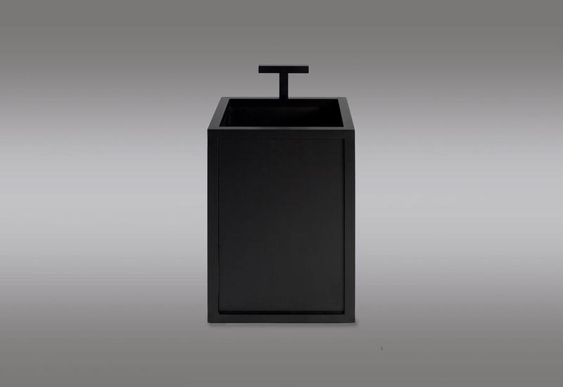 Bacco waste bin casa botelho treniq 1