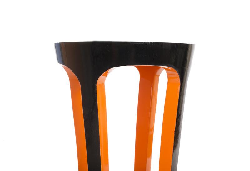 Silhouette pedestal table defontes treniq 2