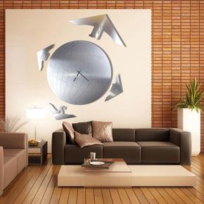 Globe-Wall-Clock_Carluccio-Design_Treniq_0