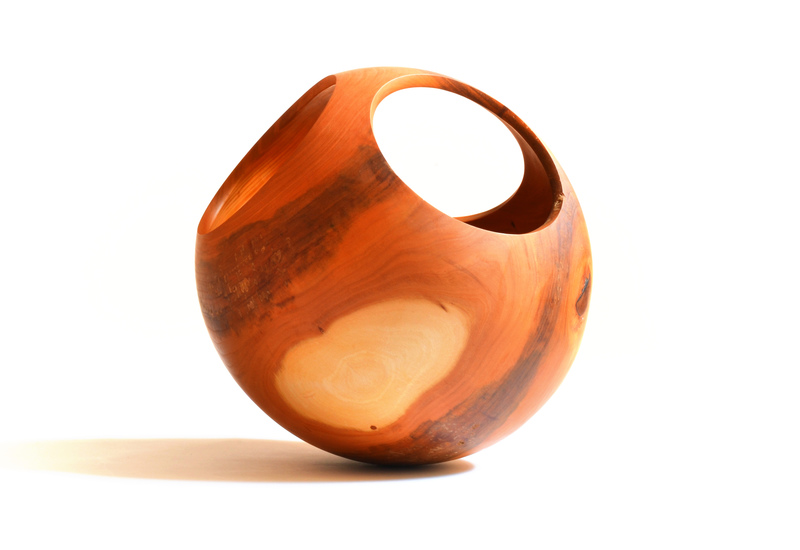 Spheres slow wood treniq 3