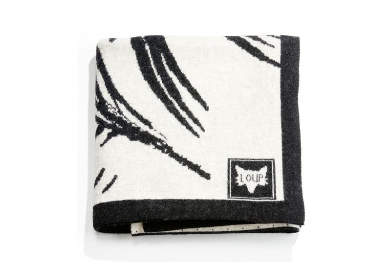 Plaid zebra throw loup maison treniq 1