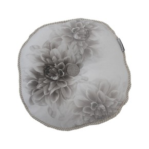 Fleur-Circular-Cushion_Poemo-Design_Treniq_0