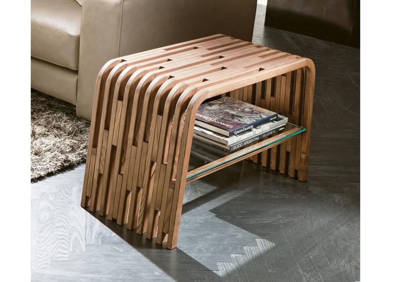 Millerighe Side Sofa - Treniq
