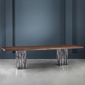 Il Pezzo 9 Table