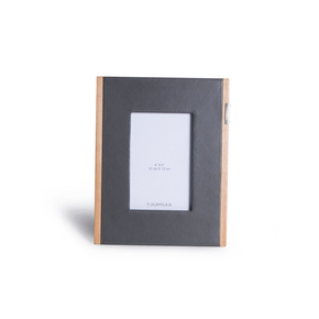 Step-Up-Photo-Frame-_Taamaa_Treniq_0