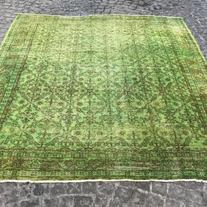 Green-Square-Over-Dyed-Handmade-Rug-_Istanbul-Carpet_Treniq_0