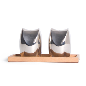 Zen-Salt-And-Pepper-Shaker_Taamaa_Treniq_0