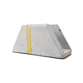 Card-Holder_Karan-Desai-Design_Treniq_0