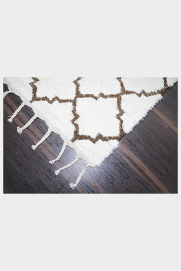 Moroccan tile meem rugs treniq 1 1497591645187
