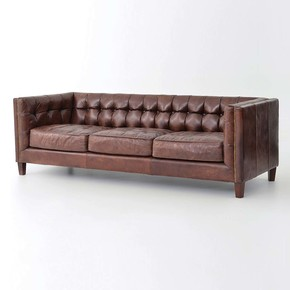 Square-Tuffed-Vintage-Leather-Chesterfield-Sofa_Shakunt-Impex-Pvt.-Ltd._Treniq_0