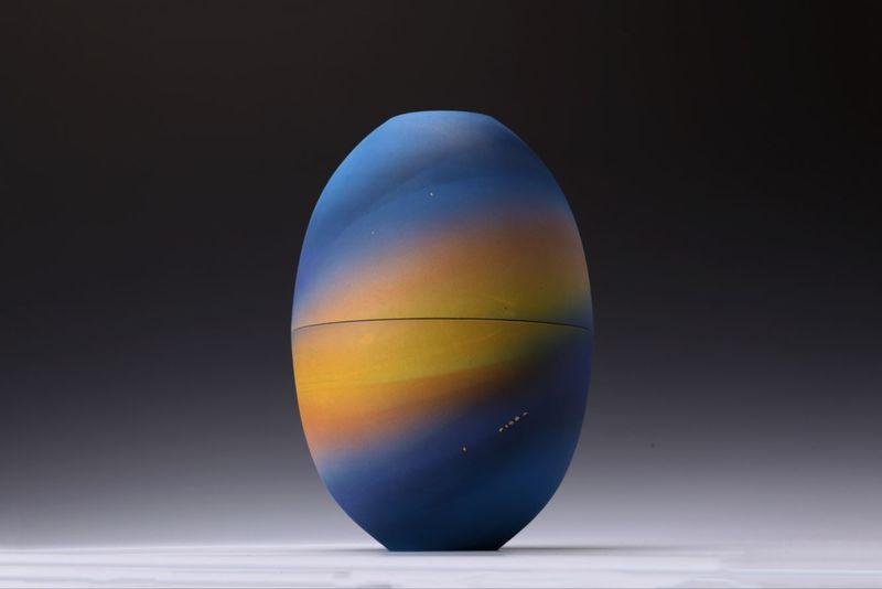 Two universe series (piece 5) ruiqi dai treniq 1 1499088224607