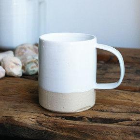 Mug-White_Eunmi-Kim-Pottery_Treniq_0