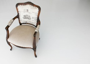 Vintage-Chair_Adam-Jordan-Furniture_Treniq_0
