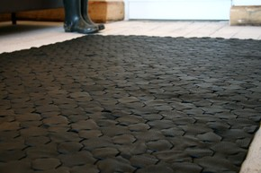 Rescued-Black-Leather-Rug-Large-146-X-242_Elvis-&-Kresse_Treniq_0