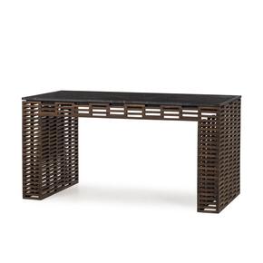 Charlotte-Desk_Thomas-Bina_Treniq_0