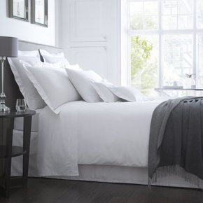 Brooklyn-300-Tc-Egyptian-Cotton-Sateen-Hotel-Bed-Linen-Collection_The-Fine-Cotton-Company_Treniq_0