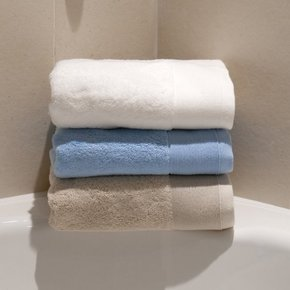 Como-700gsm-Organic-Cotton-Towel-Collection_The-Fine-Cotton-Company_Treniq_0