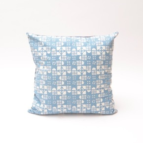 Natural-Light-Indigo-Geometric-Pattern-Cushion_Bluehanded-Ltd_Treniq_0