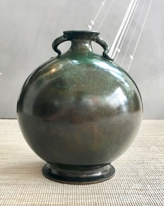 Just-Andersen-Round-Bronze-Vase_Sean-Johnson-Interior-Decoration_Treniq_0
