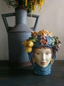 The-Fruit-Queen_Agata-Ltd._Treniq_0