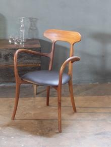 Kagan-Chair_Jatra-Design-Studio_Treniq_1