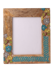 Hand-Painted-Floral-Photoframe_Auraz-Design_Treniq_1