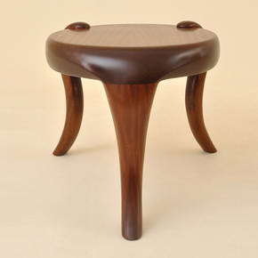 Elephant Side Table - Kung Mana Tongmee - Treniq
