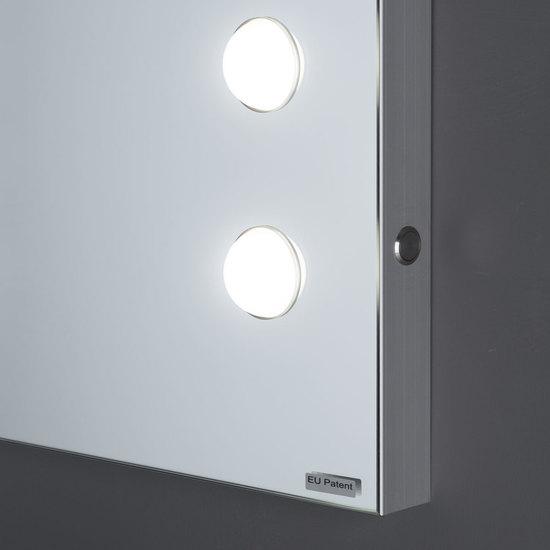 Mde 505 lighted mirror chiara ferrari treniq 1 1513071634066