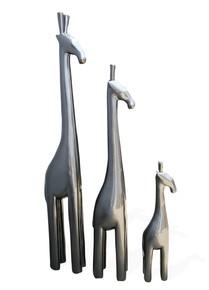 Metallic-Grey-Papa-Giraffe-_Avana-Africa_Treniq_0
