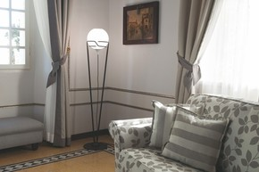 Up-Floor-Lamp-Gold-With-Murano-Glass-And-Dedicated-Led-Lightsource_Younique-Plus_Treniq_0