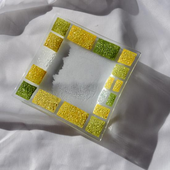 Bowl green yellow 16x16 plate arteglass treniq 6 1516293974780