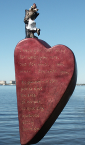 A-Love-Poem_Nina-Winters-Sculptures_Treniq_0